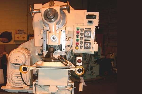 powder compacting presses